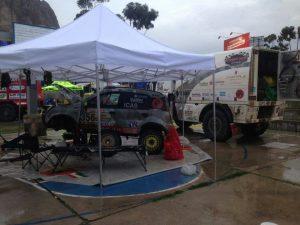Si lavora sulla Panda 4x4 a La Paz